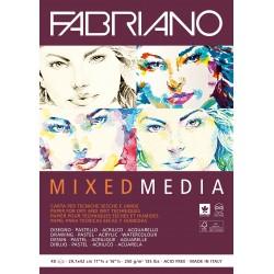 Альбом для смешанных техник Fabriano Mixed Media, 29,7x42 см., 40 л., 250 г/м2.