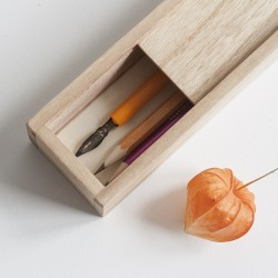 Деревянный пенал