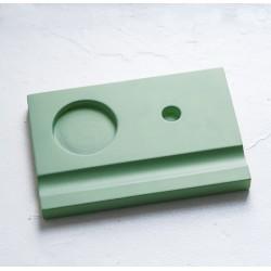 Подставка деревянная под чернильницу и держатель, зеленая